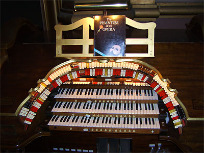 Click here to download a 3648 x 2736 JPG image showing the stop sweep of the 3/12 Mighty WurliTzer Theatre Pipe Organ installed at the Paramount Theatre in Middletown, New York.