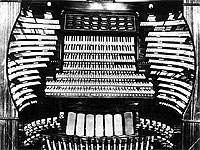Featured Organ For The Month Of October, 2004 - The 7/449 Midmer-Losh Opus 5500 Pipe Organ at Atlantic City Convention Hall in New Jersey.