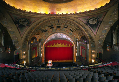 Click here to download a 4486 x 3106 JPG image showing the auditorium of the Alabama Theatre.