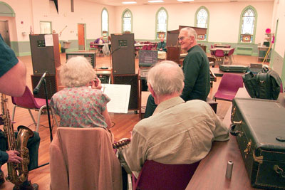 Click here to download a 2160 x 1440 JPG image showing Eugene Hayek jamming at the Bergen County Senior Center.