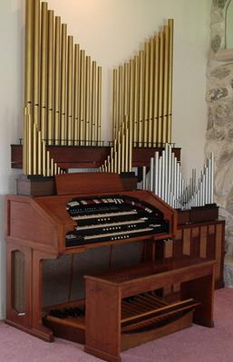 Click here to visit Chaz Bender's organ sales site.