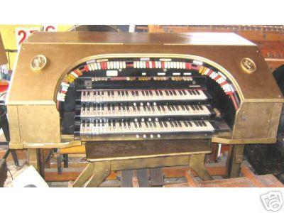The Kilgen console before restoration began.