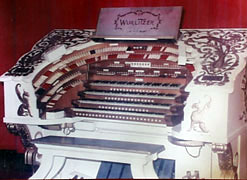 Click here to listen to and see the Saint Louis Fox Mighty WurliTzer Theatre Pipe Organ!
