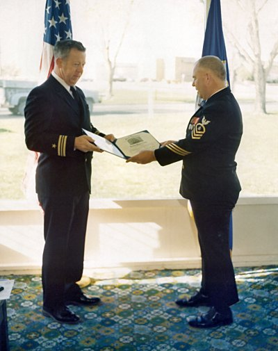 Click here to download a 1436 x 1888 JPG image showing Fred Willis receiving his Honerable Discharge from Cyrus Roton.