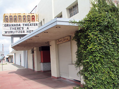 Click here to download a 2592 x 1944 JPG image showing the entrance to the Granada Theatre in Bakersfield, California.