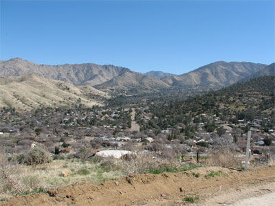 Click here to download a 2592 x 1944 JPG image showing the town of Lake Isabella as viewed form high on the mountain.