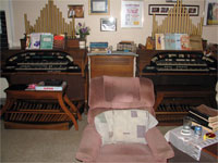Click here to download a 2592 x 1944 JPG image shoving the two Conn Theatre Organs installed at Tom's house.