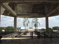Click here to download a 2592 x 1944 JPG image shoving the old monorail gate at Tampa International Airport.
