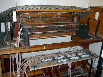 Click here to download a 1600 x 1200 JPG image showing a back view of console showing boards and wiring.