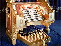 Featured Organ For The Month Of November, 2004 - The Mighty 5/80 WurliTzer Theatre Pipe Organ at the Victoria Palace, Bellview, Illinois.
