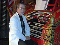 Click here to listen to Tom Hoehn playing Big Bertha, the 4/28 Mighty WurliTzer Theatre Pipe Organ installed at the Alabama Theatre in Birmingham, Alabama.