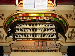 Click here to learn more about the 3/12 Mighty Möller Theatre Pipe Organ instaled at the Rylander Theatre in Americus, Georgia.
