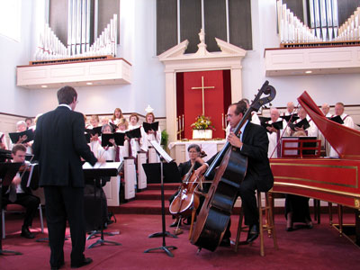 Click here to download a 2592 x 1944 JPG image showing the Chancel Choir and the Florida Chamber Orchestra performing Handel's Messiah at the First United Methodist Church in Clearwater, Florida during Cantata Sunday.