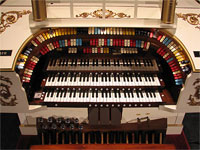 Featured Organ For The Month Of November, 2007 - 3/11 Mighty Kilgen Theatre Pipe Organ, Palace Theatre, Canton, Ohio.
