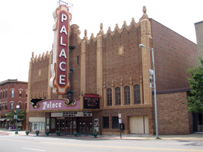 Click here to download a 2592 x 1944 JPG image showing a wide view of the theatre from accross the street.