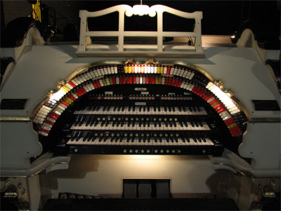 Click here to download a 2592 x 1944 JPG image showing the stop sweep of the Civic Theatre's 3/19 Mighty WurliTzer Theatre Pipe Organ.