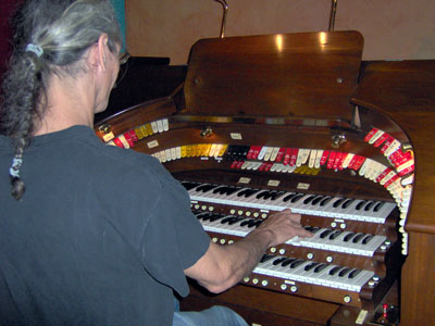Click here to download a 2048 x 1536 JPG image showing the Bone Doctor at the console of the 3/14 Robert Morton Theatre Pipe Organ installed at the Polk Theatre in Lakeland, Florida.