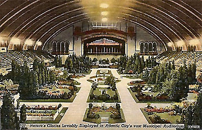 Click here to download a 515 x 332 JPG image showing a flower show at the Boardwalk Hall.