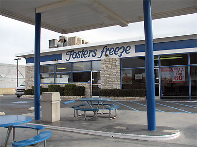 Click here to download a 2592 x 1944 JPG image showing the exterior of Fosters Freeze near Edwards Air Force Base on the way home to Ridgecrest.