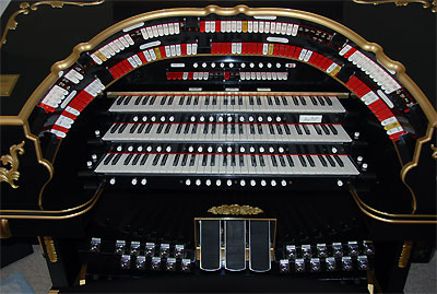 Click here to download a 2896 x 1944 JPG image showing the stop sweep of the Mighty Allen GW319EXGW319EX Digital Theatre Organ.