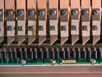 Click here to download a 2592 x 1944 JPG image showing the manual keyers.