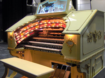Click here to visit the official website of the 3/18 Mighty WurliTzer installed at Lake Brantley High School in Orlando, Florida