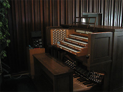 Click here to visit the Featured Organ of the Month for March, 2007.