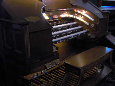Click here to see the Featured Organ of the Month for Novenber, 2005.