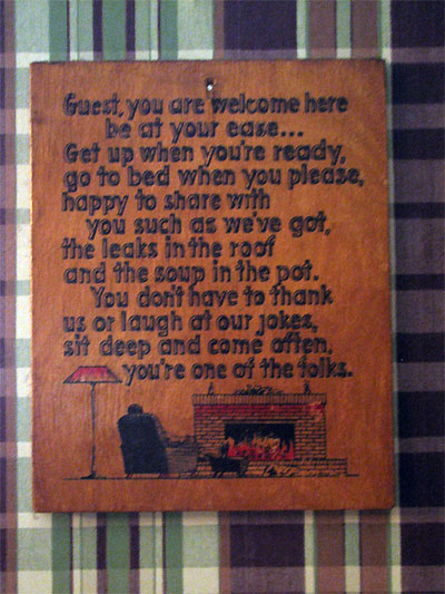 Click here to download a 1944 x 2592 JPG image showing the second welcome plaque hanging in the kitchen entrance.