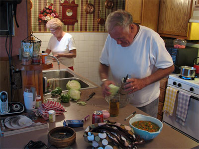 Click here to download a 2592 x 1944 JPG image showing Janett and Dan cooking in the kitchen.