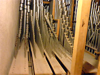 Click here to download a 640 x 480 JPG image showing five of the windchests full of pipes in the chamber.