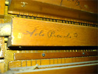 Click here to download a 640 x 480 JPG image showing a signiture on the Setterboard.