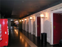 Click here to download a 640 x 480 JPG image showing the theatre entrances at stage level.