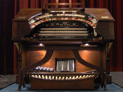 Click here to download a 2048 x 1536 JPG image of the Tampa Theatre 3/14 Mighty WurliTzer Theatre Pipe Organ.