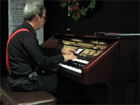 Click here to listen to Tom Hoehn playing a Roland Atelier A90 Digital Home Organ at Central Music in Clearwater, Florida.