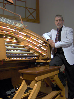 Click here to learn more about Tom Hoehn's CD entitled Sounds of Grace.