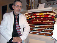 Click here to listen to Tom Hoehn at the 3/24 Mighty Kimball Theatre Pipe Organ installed at Bob Markworth's residence in Omaha, Nebraska.