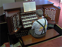 Click here to listen to Tom Hoehn's evening performace of Phantom of the Opera on the 4/93 Rodgers/Rufattie/Wicks Church Pipe Organ installed at First United Methodist Church in Clearwater, Florida.