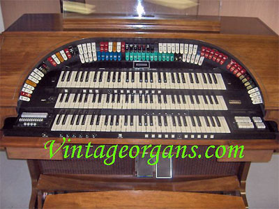 Click here to visit our gracious hosts at VintageOrgans.com today!