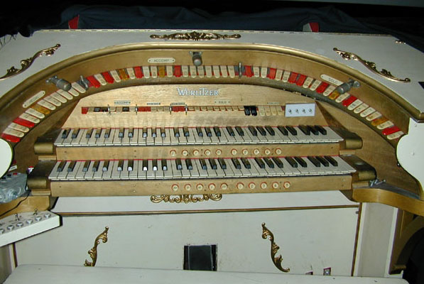 Click here to learn more about the 2/8 Mighty WurliTzer at the Virginia Theatre.
